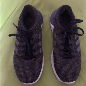 adidas running shoes size 9 women.